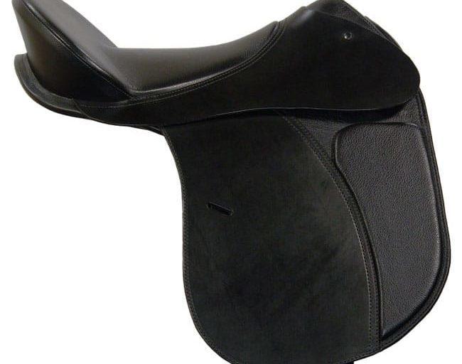 Ansur Classic Treeless Dressage Saddle.